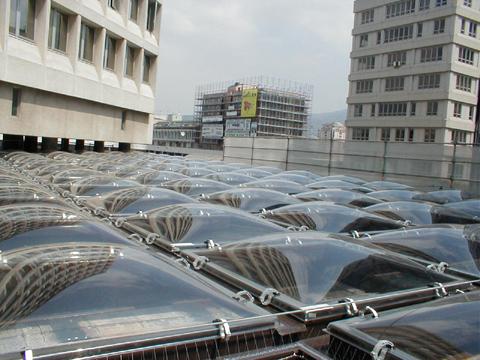 Sistemi di illuminazione naturale zenitale a cupola che